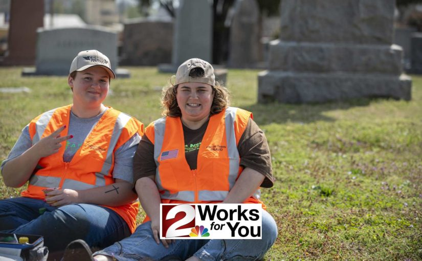 Women with disabilities clean veterans' headstones – Channel 2